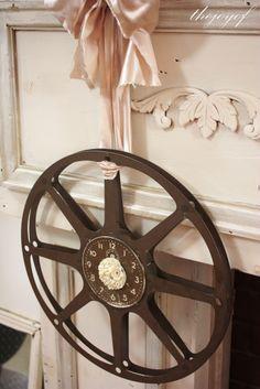 ˚Old Film Reel Clock