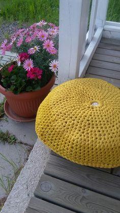 Crochet floor pillow
