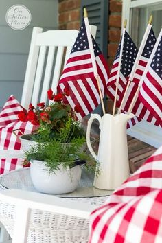 Easy DIY Patriotic Decor for the 4th of July, red, white and blue candles, pallet flag, mason jar projects, patriotic door decor, USA sign, mantel decor, porch decor