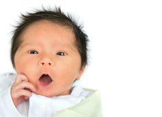 Soluço no bebê: é normal? Como parar?