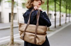 Bleu de Chauffe | Women I Leather tote bag. Cabas cuir Nobu I Made in France