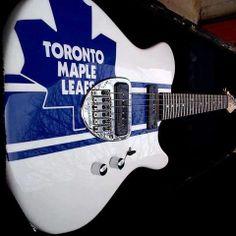 Love this guitar! Go LEAFS! :) Team Player, Hockey Players, Maple Leafs Hockey, Hockey Room, Toronto Maple Leafs, Montreal Canadiens, Nhl, Sports Teams, Leaves