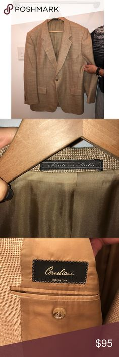 Corneliani made in Italy sports coat Corneliani made in Italy sports coat, 3/4 weight, 100% wool blend, gold with light brown weave size 42R, excellent condition Corneliani Suits & Blazers Sport Coats & Blazers