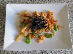 Torteau   de  aubergine  frits, fruits  de  mer ,feves  et  jus  au  tomate  Gino D'Aquino