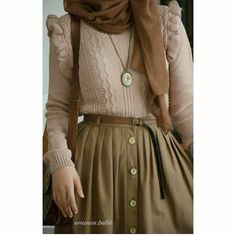 Image about fashion in My style by joona on We Heart It Muslim Fashion, Modest Fashion, Hijab Fashion, Fashion Dresses, Fashion Moda, 80s Fashion, Vintage Fashion, Womens Fashion Online, Latest Fashion For Women