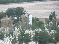 Zoroastrian Towers of Silence - A closer look new Zoroastrian burial ground.