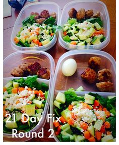 Meal Prep for the week! Round 2 of 21Day Fix!  M1: Shakeology with berries and spinach.  M2:Apple  M3:1.5 Turkey meatball salad with Romaine spinach zucchini carrots feta and Dressing and a boiled egg.  M4: Oranges  #21dayfix #mealprep #mealprepsunday #fixate by monikagute