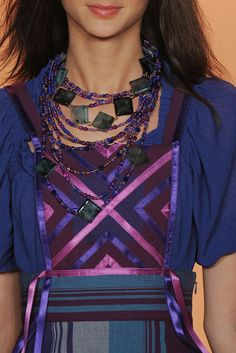Anna Sui Spring 2009 Ready-to-Wear - Details - Gallery - Style.com