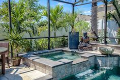 Tropical Hot Tub with Exposed beam, Concrete tile