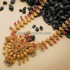 avr swarnamahal temple haram design
