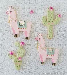 Llama  cookies by Patricia Arribálzaga