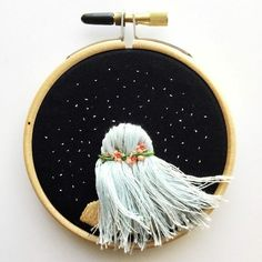 Flowing Hair Beneath The Stars – Hand Embroidery, Hoop Art, Contemporary Embroidered Hoop Wall Art, Modern Embroidery A beautiful embroidery featuring hair with three shades, a simple but sweet flower crown and stars. Embroidery Hoop Crafts, Learn Embroidery, Hand Embroidery Stitches, Modern Embroidery, Embroidery Hoop Art, Hand Embroidery Designs, Embroidery Techniques, Ribbon Embroidery, Cross Stitch Embroidery
