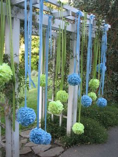 the wall/ribbon hanging pompoms