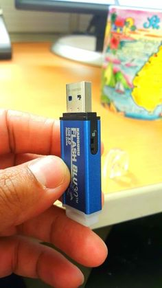 Making a Multiboot USB drive (All-In-One).