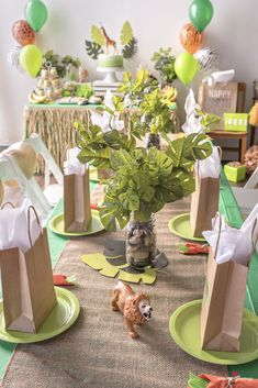 Birthday Party Decorations 295759900527791566 - Jungle Birthday Party Ideas – Inspiration Source by beppabug Jungle Theme Birthday, Jungle Theme Parties, Safari Theme Party, First Birthday Party Themes, Wild One Birthday Party, Safari Birthday Party, Birthday Party Centerpieces, Jungle Party, 1st Boy Birthday