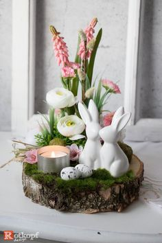 Spring decoration, Easter decoration, cut-off spring, tableware, - Herbst dekoration Spring Decoration, Decoration Table, Selling Handmade Items, Deco Floral, Engagement Ring Cuts, Table Arrangements, Easter Crafts, Easter Decor, Happy Easter