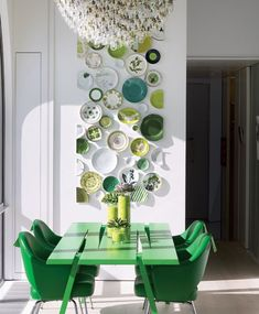 Art For the Home, It's Overflowing blog. One of many wonderful plate arrangements.