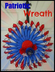 DIY Patriotic Wreath Tutorial! {add some patriotic decor to your front door!} #wreaths #4thofjuly