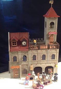 playmobil medieval custom house, castle, chateaux , auberge