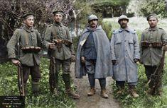 WWI, Chasseurs posing with guns. -frederic-duriez-photographies-couleur-premiere-guerre-mondiale-4
