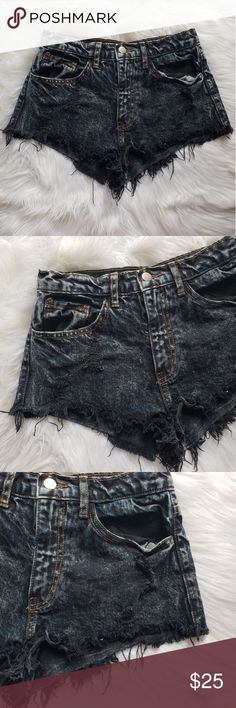 Phanuel Distressed Cut off shorts Distressed cut off shorts Very cute for summer festivities! Size small Phanuel Shorts Jean Shorts
