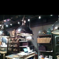 Industrial lighting love #hpmkt