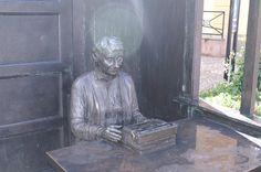 Het beeld van Astrid Lindgren in Vimmerby.