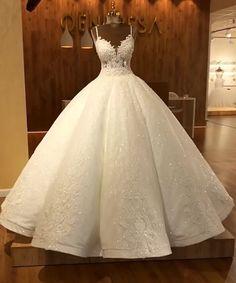 Pretty Wedding Dresses, Wedding Dress Trends, Princess Wedding Dresses, Pretty Dresses, Bridal Dresses, Beautiful Dresses, Wedding Ideas, Quince Dresses, Ball Gown Dresses