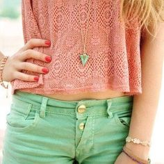 Spring outfit- green shorts and pink shirt with red nails Fashion Moda, Look Fashion, Teen Fashion, Womens Fashion, Pastel Fashion, Fashion Styles, Fashion Ideas, Fashion Outfits, Looks Style