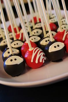 ninja cake pops  @Hillary Platt Bandley Maddox... you would be wife of the year if you had these at the wedding