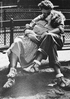 Anonyme - Couple, Square de l'Institut, Paris,1950.