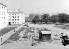 Old photos of Vienna - Page 19 - SkyscraperCity Location, Vienna, Old Photos, History, Outdoor, Vintage, Trench, Human Settlement, Scary