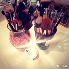Super Cute Makeup Brush Storage! #beauty #makeup