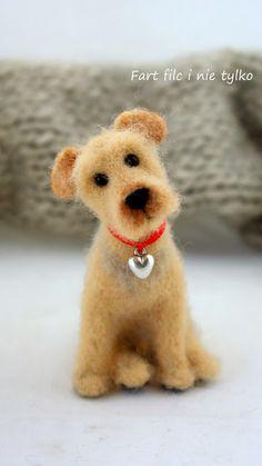 Joanna Zatorska , Fart filc i nie tylko, Filcowy pies , www.polandhandmad... #polandhandmade #felt #toy #fartfilcinietylko #dog