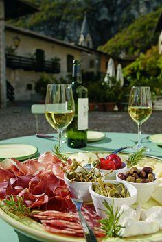 #Wein #Brettlmarende #Speck #Käse