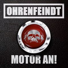 http://polyprisma.de/wp-content/uploads/2015/09/Ohrenfeindt-Motor-An.jpg Ohrenfeindt - Motor An! http://polyprisma.de/2015/ohrenfeindt-motor-an-2/ Ohrenfeindt haben das sechste Studioalbum am Start: Motor An! Sorgfältig ausgewogener, gefällig zurechtproduzierter Sound, aalglatte Beats: All das ist Ohrenfeindt nicht – und das ist gut so. Motor An! ist bockstarker, handfester Rock: drei bis vier griffige, laute Akkorde, satte R...
