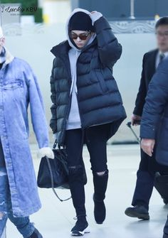 170112 Key - Gimpo International Airport from Japan
