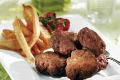 Keftedakia (greek meatballs with herbs). Greek Recipes, Wine Recipes, Cooking Recipes, Finger Food Appetizers, Appetizer Recipes, Lunches And Dinners, Meals, Greek Meatballs, Weird Food