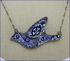 Blue Willow Mosaic Bird Broken China Jewelry Pendant Necklace   Wow I love this!