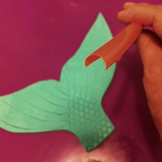 cut a straw to make the scales on a fondant or gum paste mermaid tail~