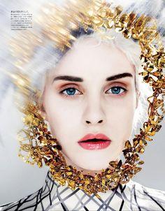 Julia-Frauche-by-Kenneth-Willardt-for-Vogue-Japan-January-2013-4