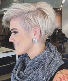 Long Messy Pixie Hairstyle(Thin Hair Styles For Women) Granny Look, Haircuts For Fine Hair, Pixie Haircut Fine Hair, Blonde Short Hair Pixie, Long Haircuts, Pixie Haircuts, Short Pixie, Sassy Hair, Haircut And Color