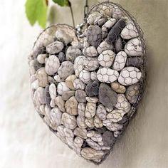 Hanging pebble heart