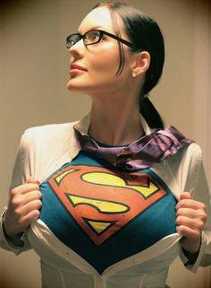 Cir-El Supergirl