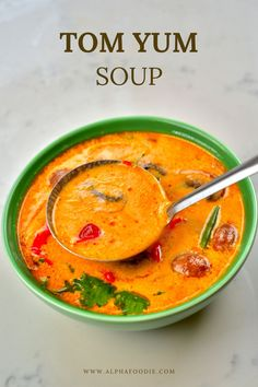 This is a simple yet delicious creamy tom yum soup: a Thai hot and sour soup that is aromatic, rich, spicy, and satisfying! Plus, this recipe is customizable, meat-free, and can be made vegan! Tom Yum Noodle Soup, Tom Yum Noodles, Thai Noodle Soups, Thai Tom Yum Soup, Thai Noodles, Thai Hot And Sour Soup, Spicy Soup, Asian Recipes, Healthy Recipes
