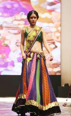 Vikram Phadnis- THat skirt! Big Fat Indian Wedding, Indian Bridal Wear, Indian Wear, Indian Style, Indian Dresses, Indian Outfits, Desi Clothes, Indian Clothes, Garba Chaniya Choli