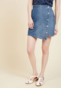 Sisters in Style Mini Skirt. Your girlfriends all have their own unique tastes, but this denim skirt from MINKPINK is the great uniter! #blue #modcloth