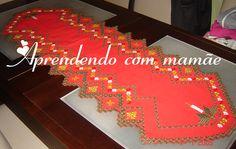 toalha de hardanger natal, natal, círculo, caminho de mesa em hardanger, hardanger, toalha de natal, cânhamo grosso vermelho, linha esterlina, agulha tapestry, bordado, trabalho, gráfico