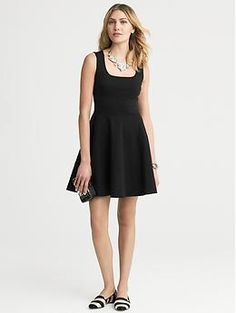 Banana Republic Ponte Fit And Flare Dress - Black Fit N Flare Dress, Black Flare Skirt, Dress Black, Flared Skirt, Moderne Outfits, Nye Dress, Dresses For Work, Dresses With Sleeves, Fashion Clothes