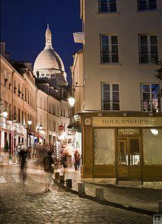 Sacre Coeur - Paris la Nuit  | by © Raji Photography | via parisbeautiful